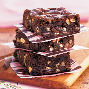 kitchen-sink-brownies-oh-1923548-x