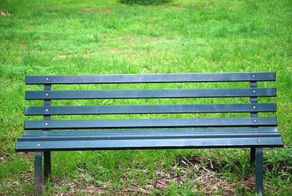 green-park-bench
